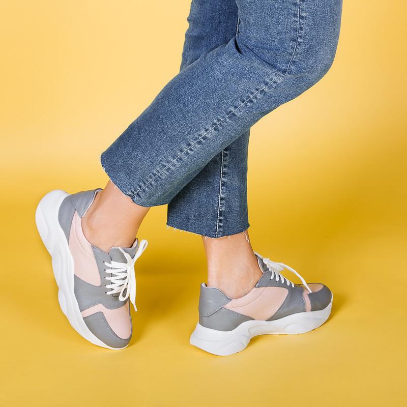 Жіночі кросівки з натуральної шкіри . Розмір 36-40. Колір на вибір