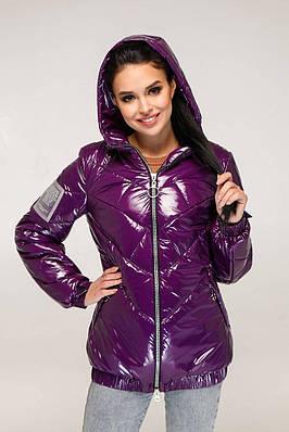Темно-фіолетова лакова куртка