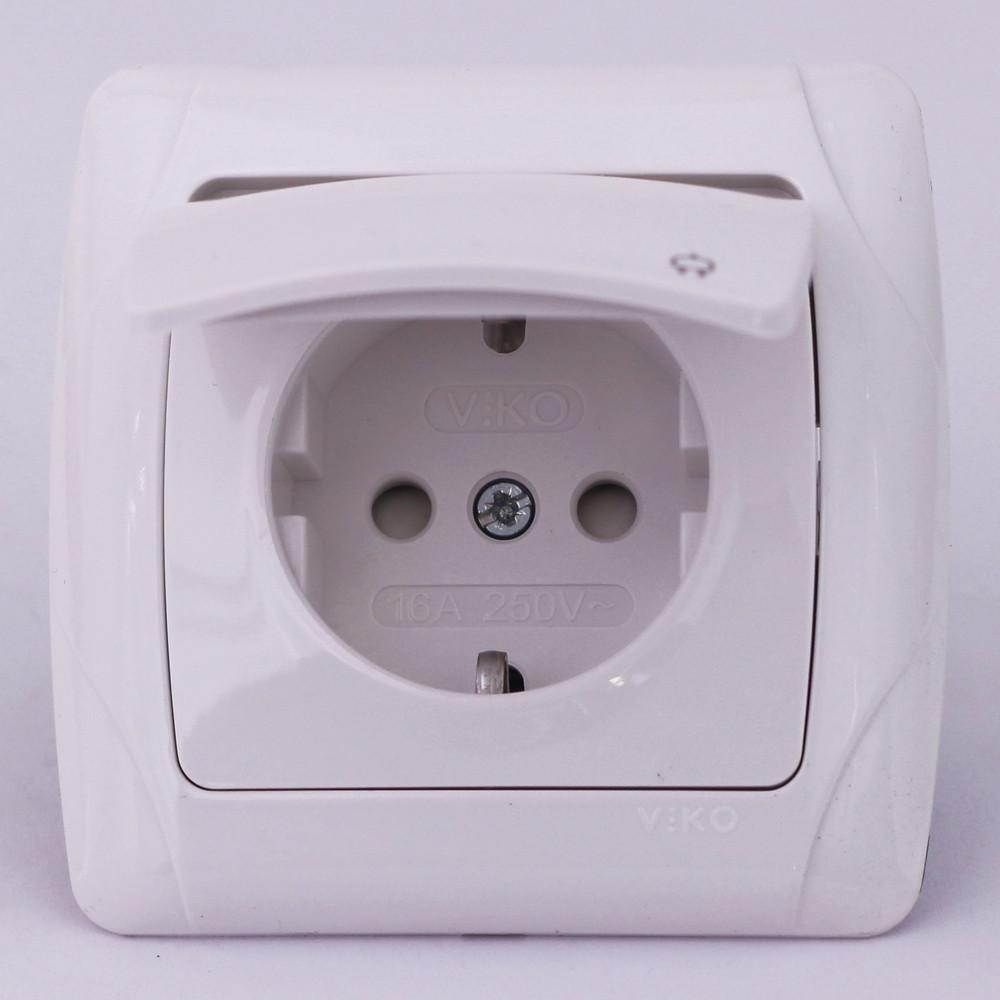 Розетка электрическая VI-KO Carmen скрытой установки одинарная с крышкой и заземлением (белая)
