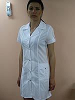 Медицинский женский халат Сафари хлопок на кнопках короткий рукав Белый