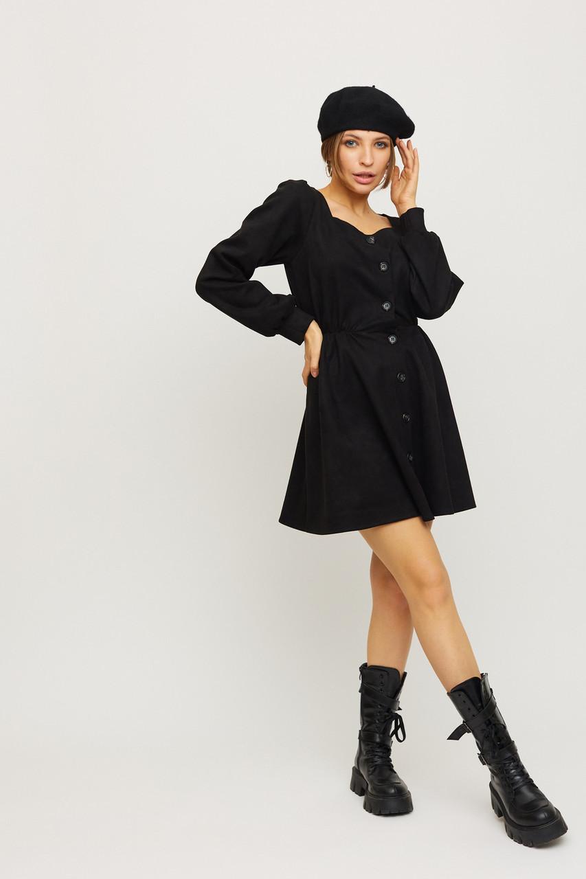 Замшевое черное мини платье с объемными рукавами