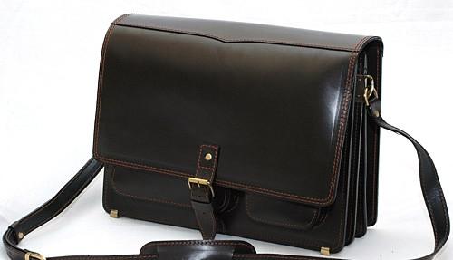 """Портфель-сумка через плече чоловіча шкіряна ручної роботи """"Листоноша"""". Колір чорний з коричневою ниткою"""