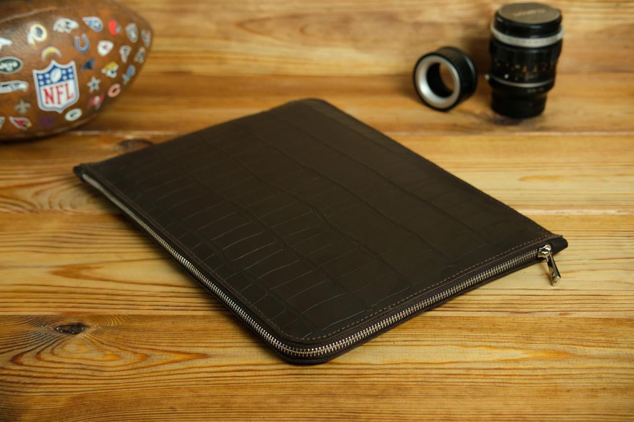 Шкіряний чохол для MacBook з повстяною підкладкою, на блискавці, Шкіра Італійський краст, колір Кава, тиснення №2