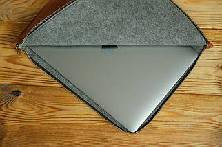 Шкіряний чохол для MacBook з повстяною підкладкою, на блискавці, Вінтажна шкіра, колір Коньяк, фото 3