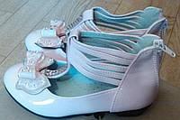 Туфли розовые для девочки на каблучке 3-4-5 лет