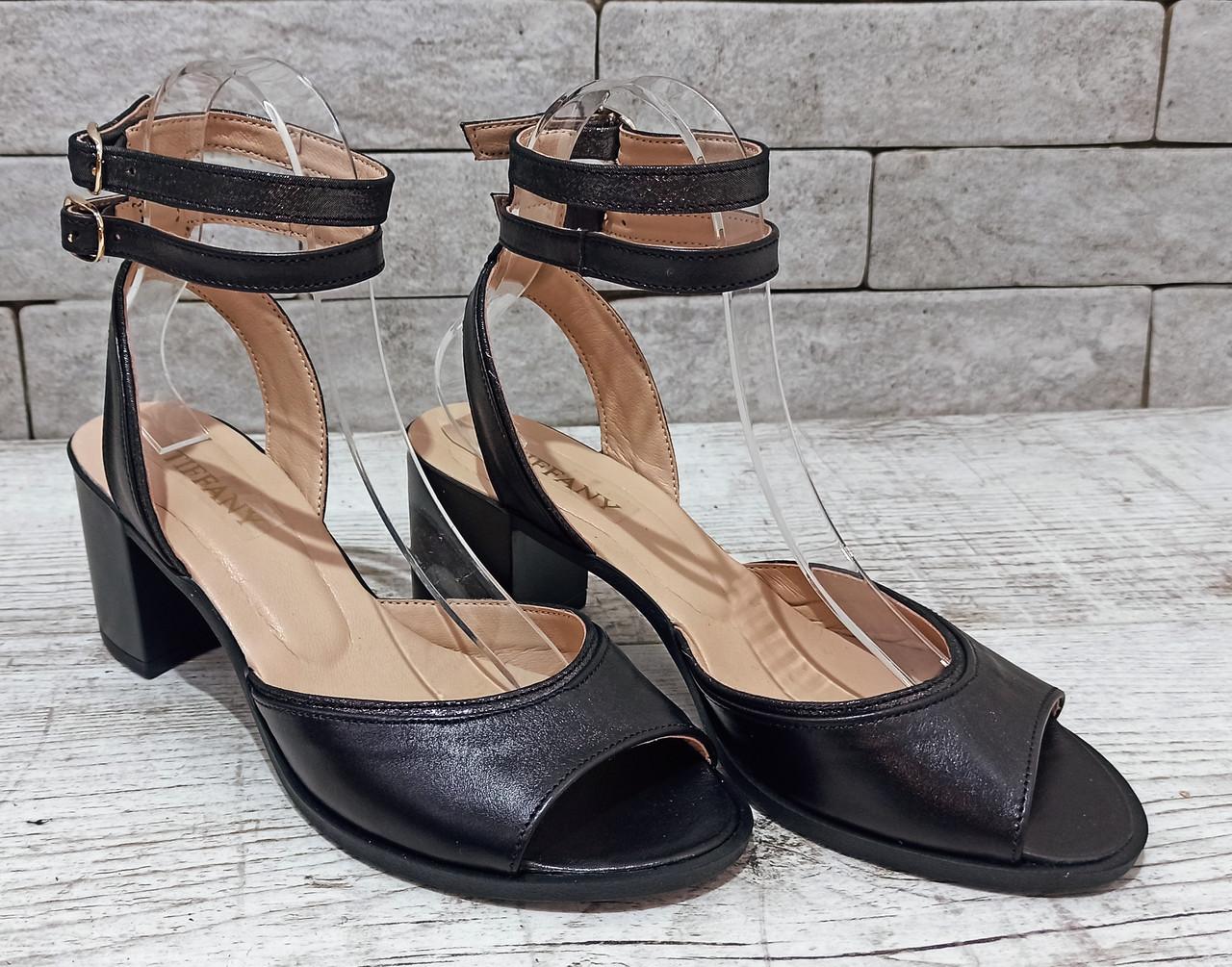 Жіночі шкіряні босоніжки, сандалі TIFFANY на танкетці платформі оптомс блискучою підошвою