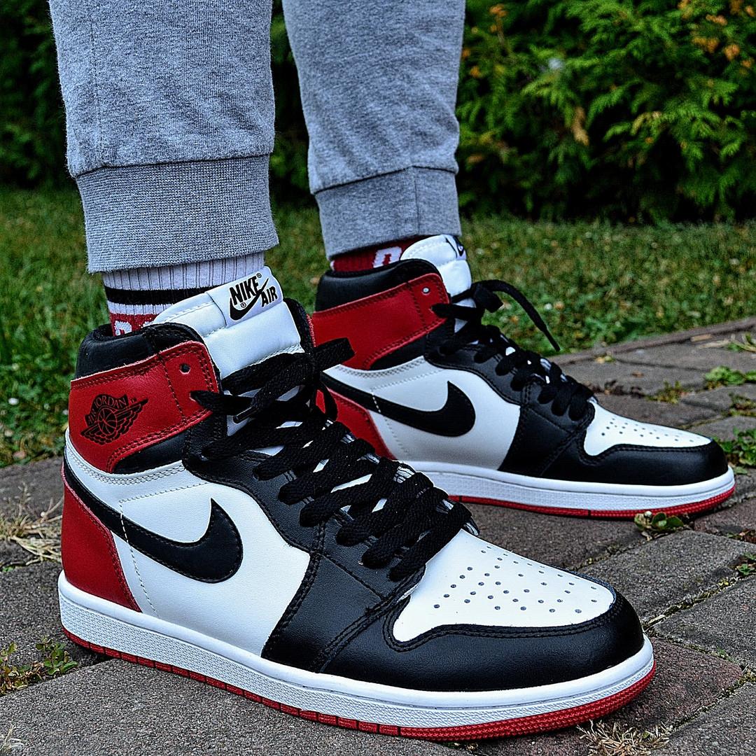 Кроссовки мужские Nike Air Jordan 1 Retro High 'Red&White черно-белые осень-весна. Живое фото. Реплика