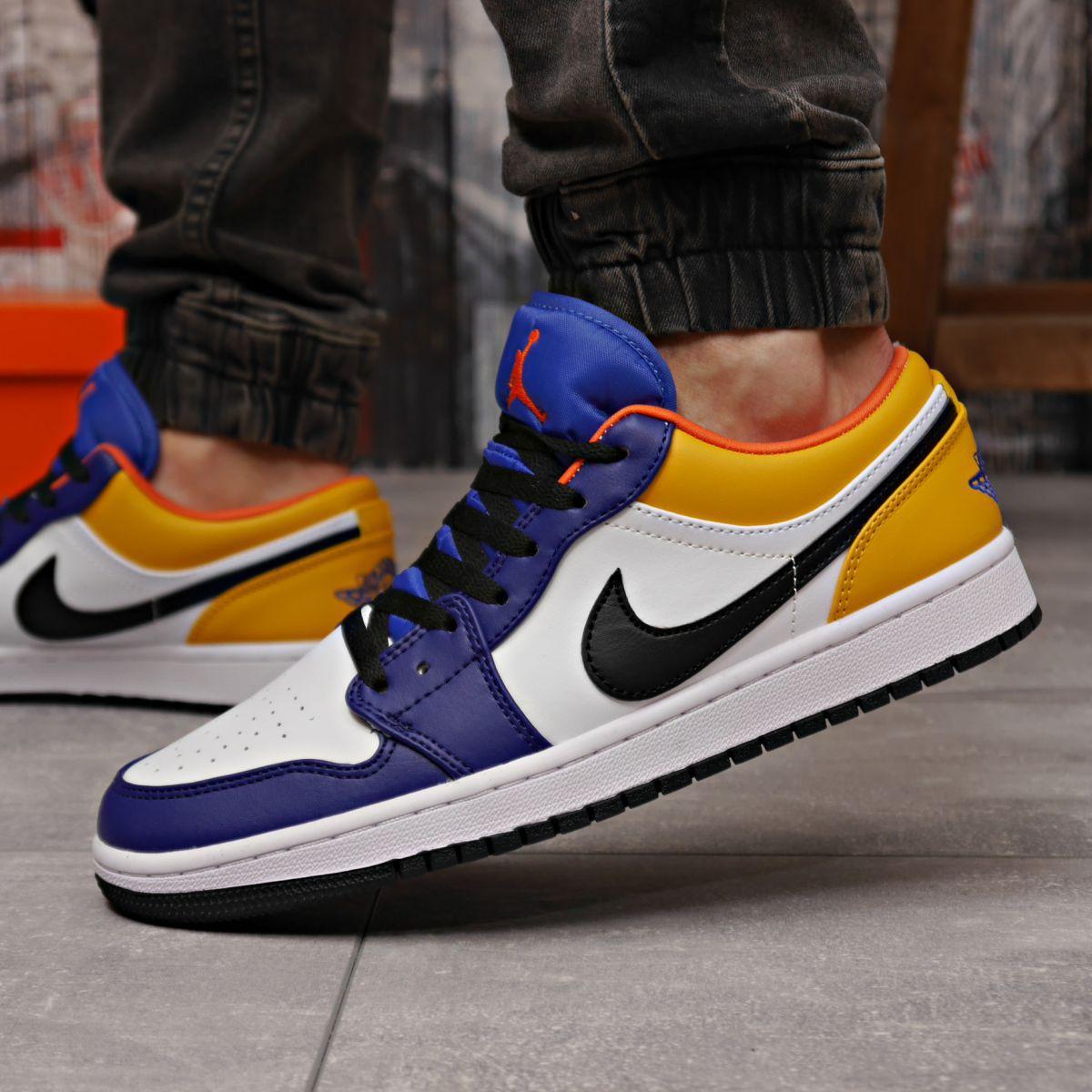 Кроссовки мужские 18252 ► Nike Jordan, белые . [Размеры в наличии: 41,42,43,44,45]