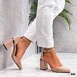 Женские туфли на невысоком устойчивом каблуке с ремешком на щиколотке бежевые, фото 2