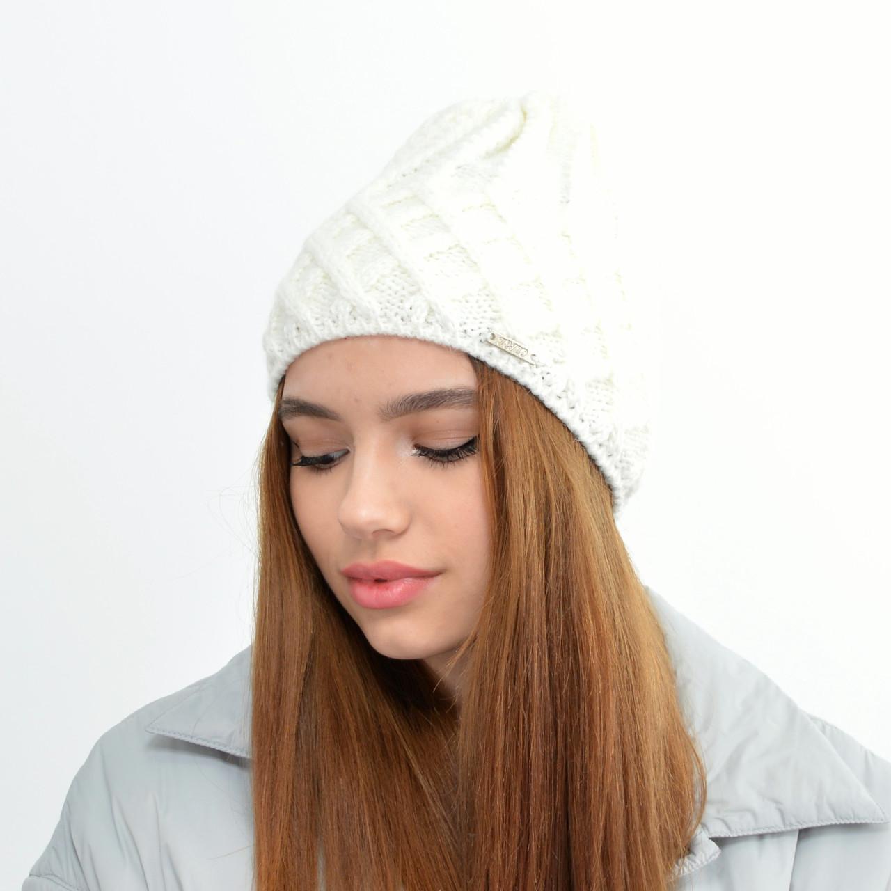 Жіноча шапка veilo на флісі 5521 молочний