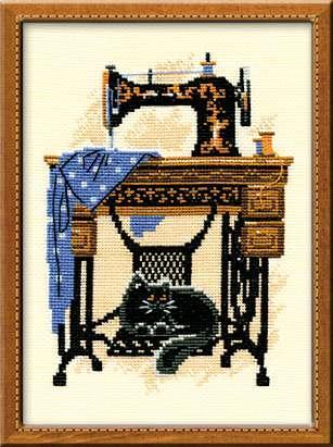 Набор для вышивания Риолис Кошка со швейной машинкой (0857)