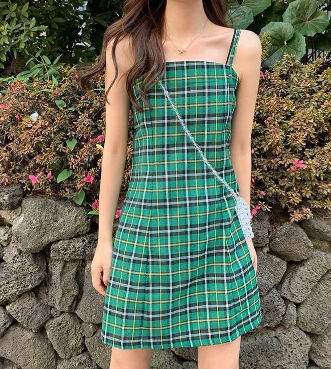 Стильний сарафан плаття в клітку, шотландка