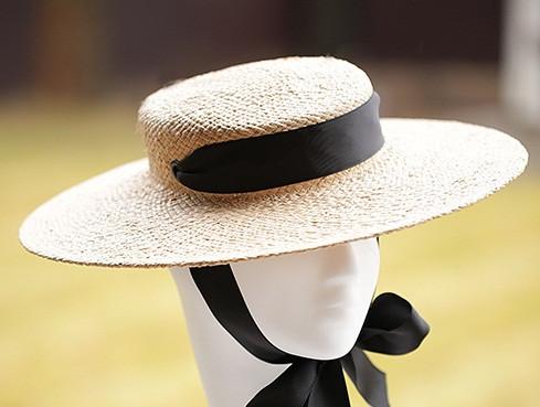 Річна жіноча капелюх Канотьє з натуральної соломки поля 10 см