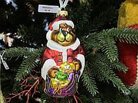 Игрушка новогодняя Стекло формовка Мишка с мешком подарков в кафтане