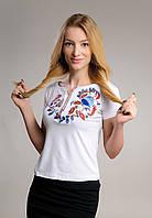 Женская белая футболка-вышиванка с неповторимым орнаментом «Петриковская роспись»