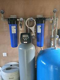 Встановлення побутового фільтра комплексного очищення води