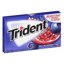 Жевательная резинка Trident wild blueberry twist Черника Гранат, 14 шт