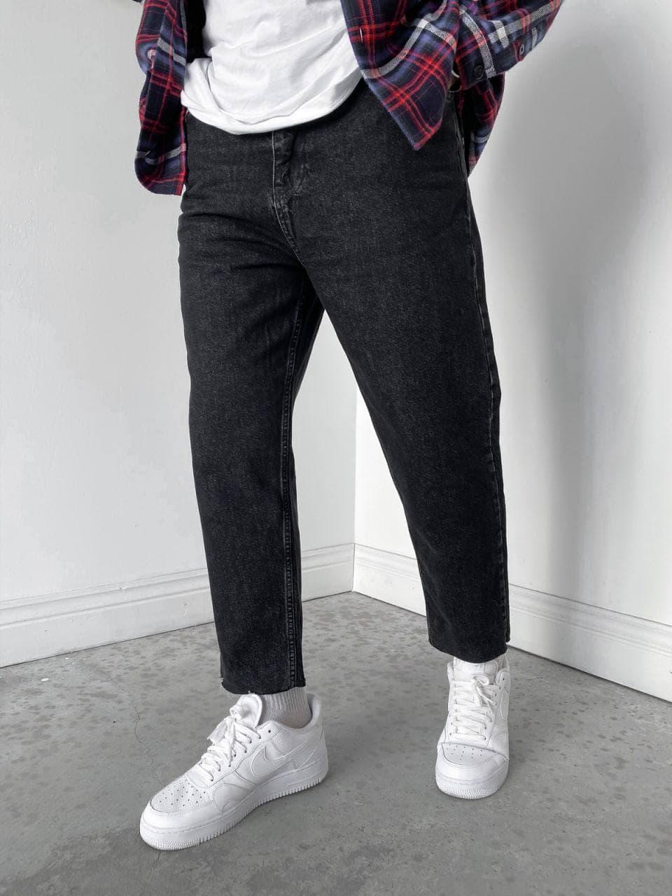 Чоловічі джинси МОМ прямі чорного кольору
