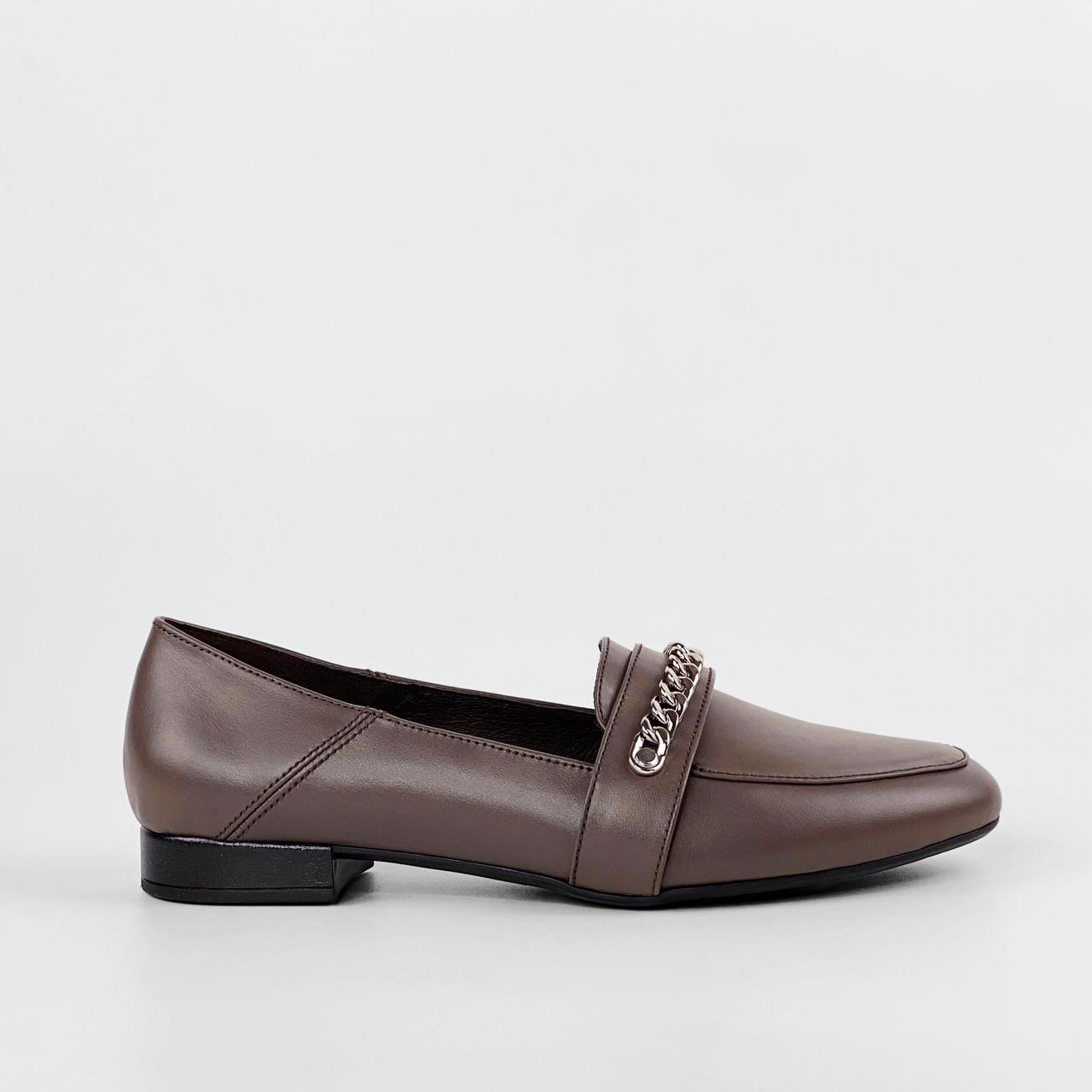 Туфли женские кожаные коричневые с цепочкой MORENTO