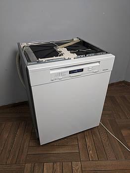 Окремо стояча посудомийна машина Miele G 6730 SCU