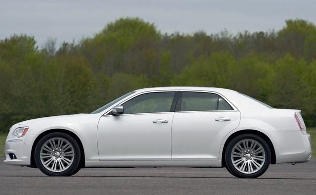 Запчасти Chrysler 300C (Крайслер 300С)