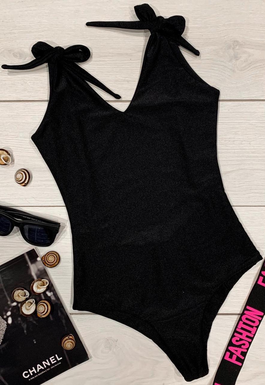 Жіночий чорний відрядний купальник на зав'язках.