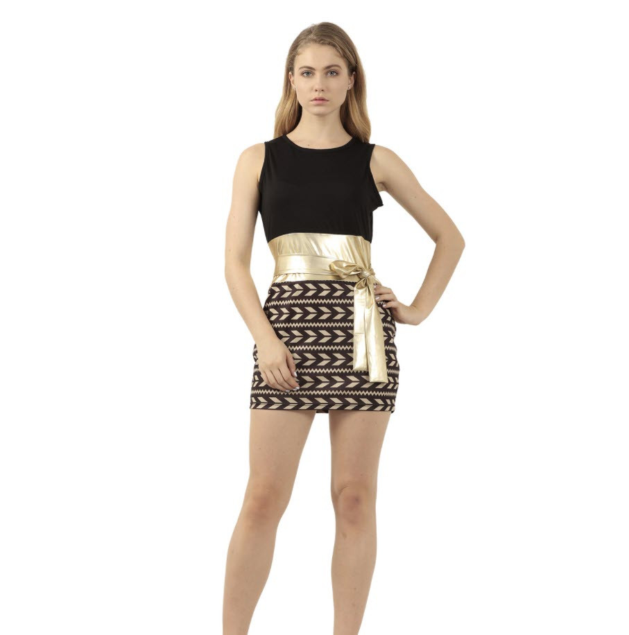 Стильное женское плаье с поясом оригинального дизайна