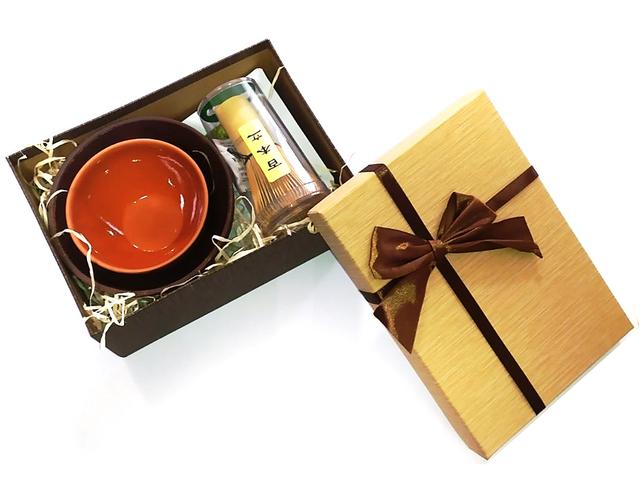 Набір чаю матчу Віночок 75 ворсинок, чаша, піала, три види матчі та подарункова упаковка