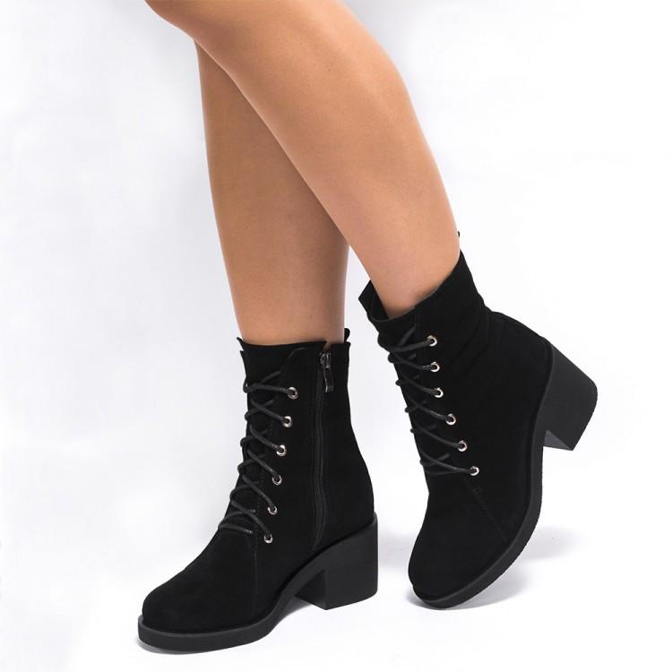 Ботинки высокие замшевые на среднем каблуке 950-03