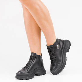 Кроссовки высокие черные 102-00