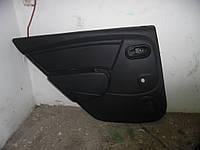 Оббивка двери зад. лев. (Хечбек) Renault Sandero 08-12 (Рено Сандеро), 8200732477