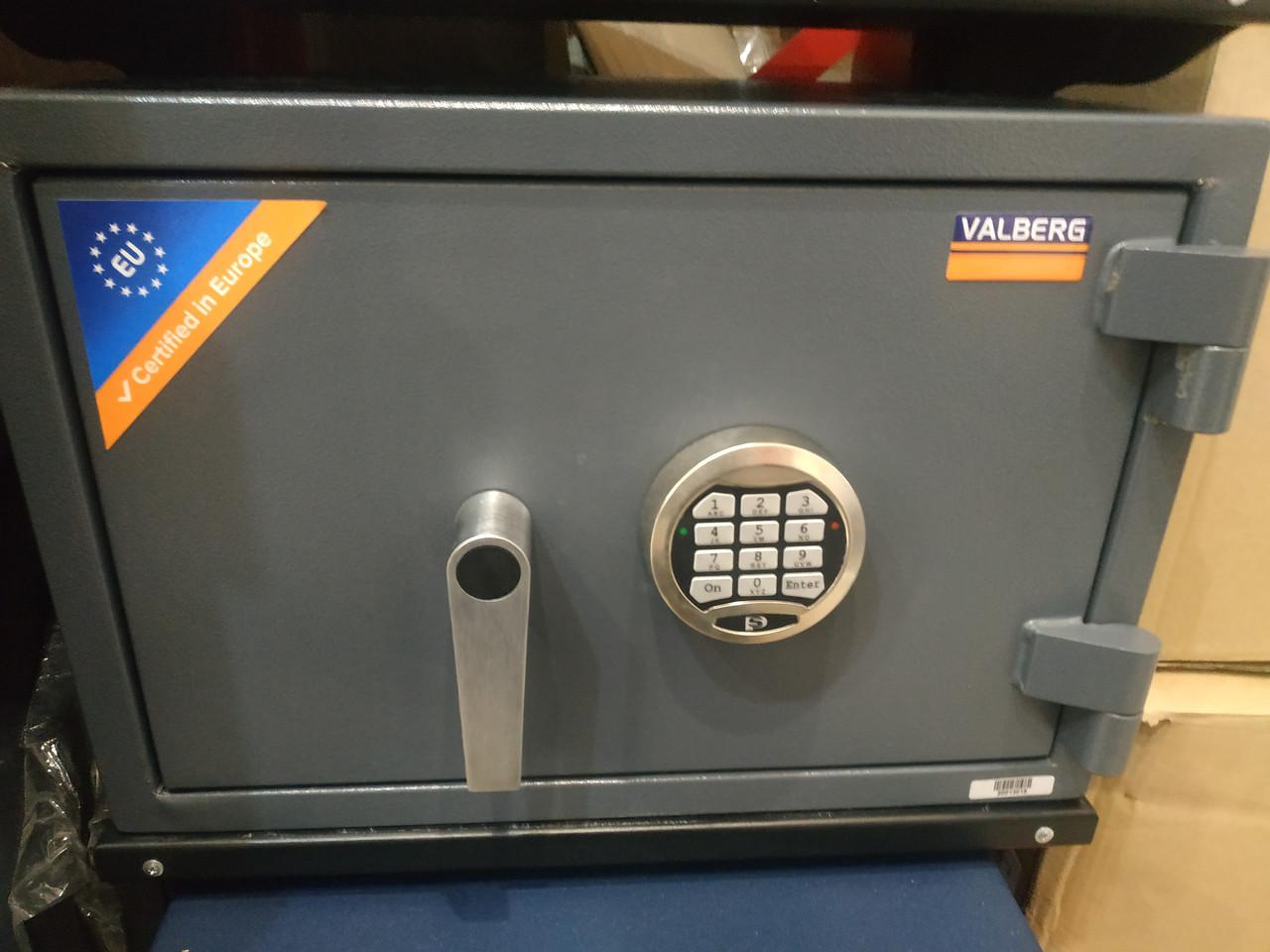 Уценка на Огне-Взломостойкий Сейф с витрины (поврежден) PROTECTOR PLUS 3450 EL (2-й класс + 30мин огнестой