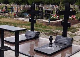 Памятники в виде креста 1