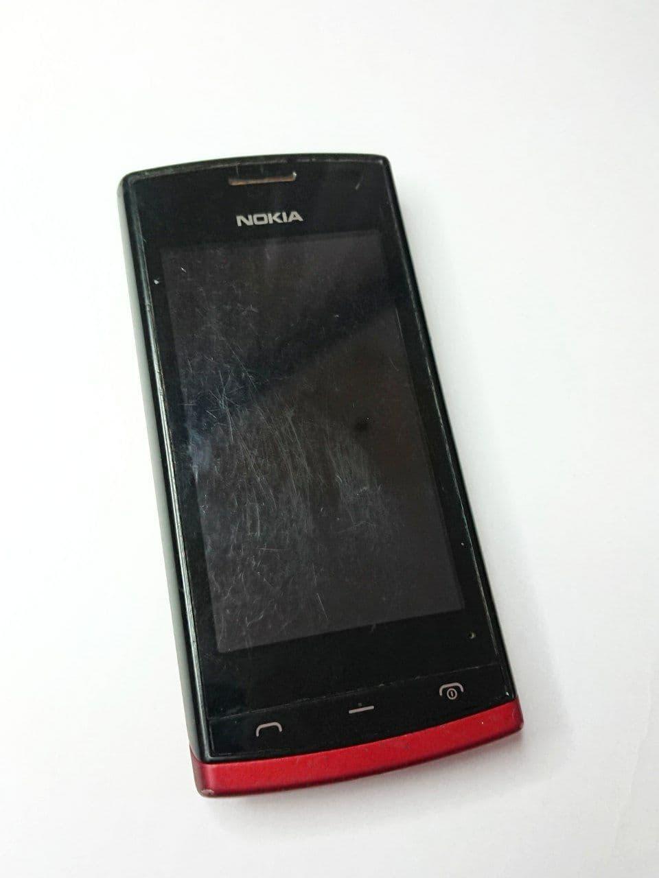 Смартфон Nokia 500 б.у.