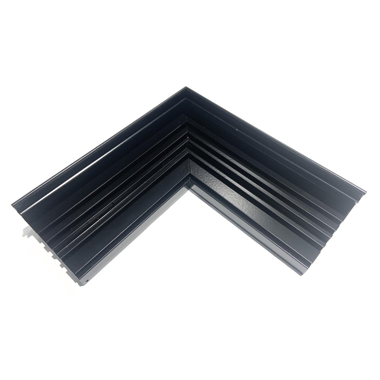 Кут 90 градусів для гардини чорний 3х смугової