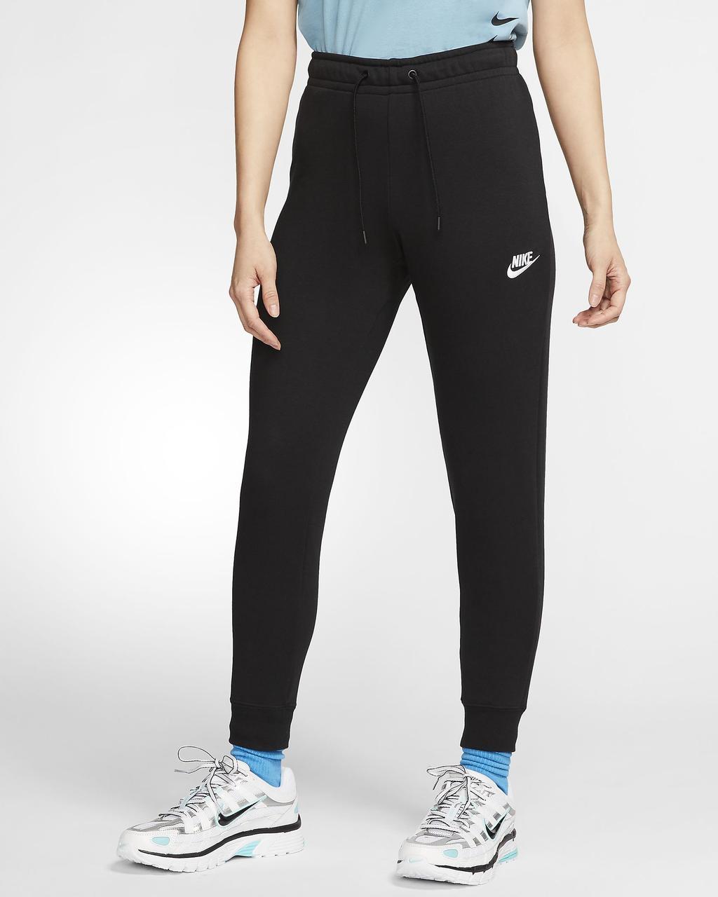 Штани жіночі спортивні Nike Sportswear Essential Fleece BV4099-010 Чорний