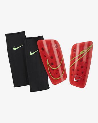 Щитки футбольные Nike Mercurial Lite SP2120-635 Красний, фото 2
