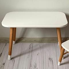 Детский деревянный столик