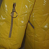 Яскрава стильна підліткова куртка з плащової тканини демисезон на дівчинку з капюшоном весна-осінь від виробника, фото 7