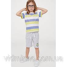 Трикотажные шорты H&M на мальчика р.122