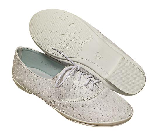Білі мокасини туфлі на шнурівці дівчаткам, розмір 34 устілка 21 см