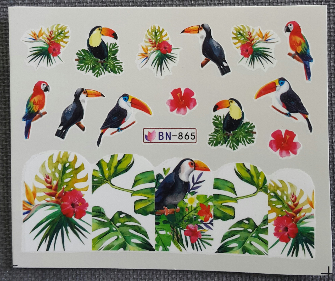 Наклейка для нігтів BN-865