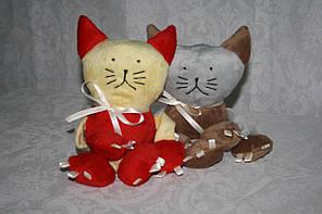 Велюрова іграшка котик для тварин