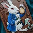 """Щоденник А5 формату в шкіряній обкладинці з об'ємним тисненням і розписом ручної роботи """"Білий кролик"""", фото 2"""