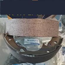 Колодки ручного тормоза Hyundai HD65, HD72, Богдан А069.