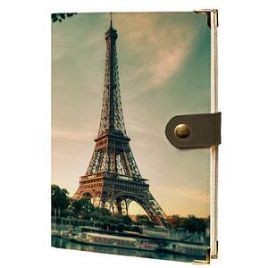 Блокнот на кнопке В Париже
