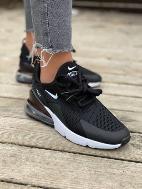 Жіночі чорні кросівки Nike Air 270