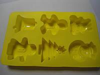 """Форма силиконовая для выпечки """"Снеговик,елка, пряник, колокольчик"""" (код 01301)"""