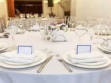Скатертина 180х140см Біла Арт.963 Туреччина в Ресторан на стіл 120х80см спуск 30см, фото 3