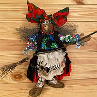 """Кукла """"Баба Яга с метлой"""" - оберег ручной работы (40х15 см) хендмейд игрушка-сувенир на подарок или для дома"""